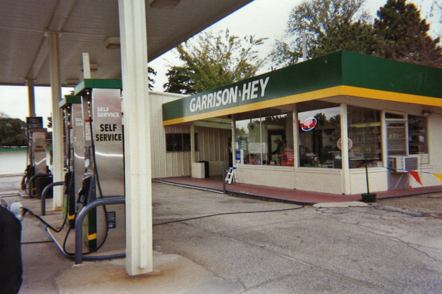 garrisonandhey-station-2